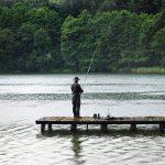 梅雨のバス釣り!ルアーの選択と攻略法について