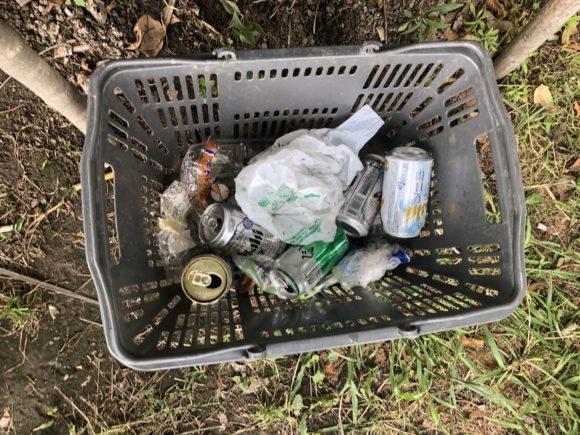 釣り場のゴミ拾い偽善